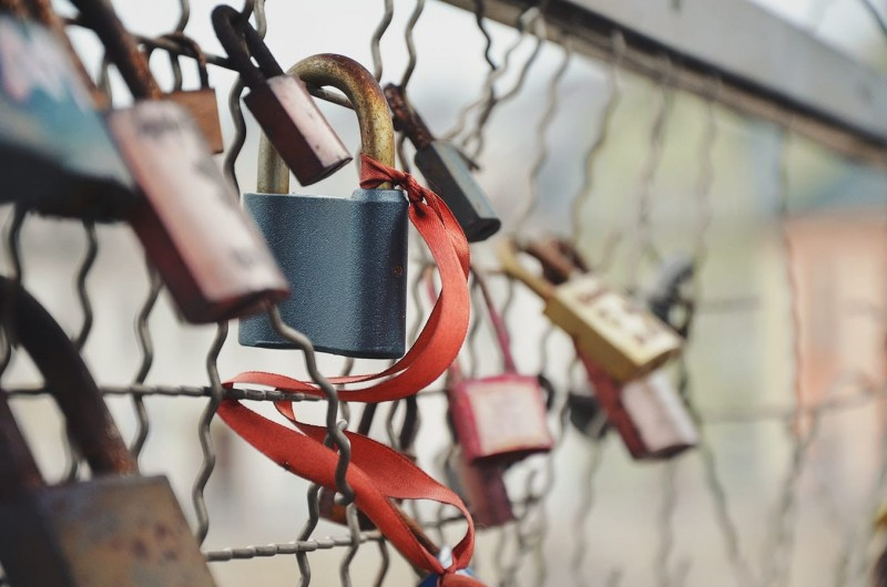 Protecting Node.js from uncontrolled resource consumption headers attacks